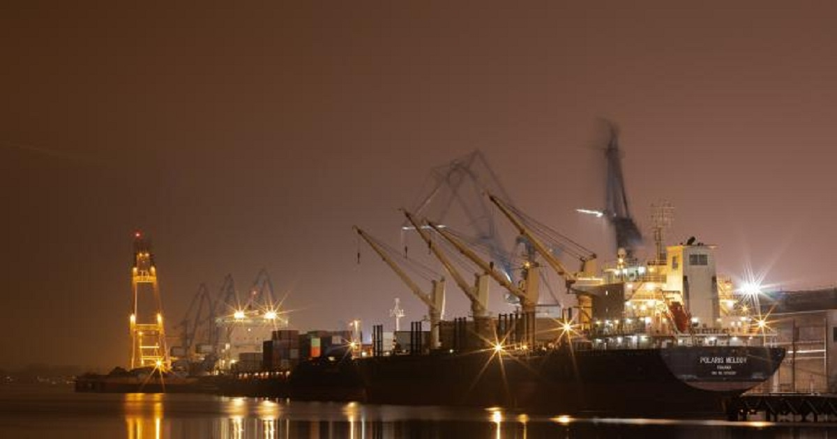Port Report: 2M Ship Largest To Call On U.S. As Lots Of Empty Containers Wait To Be Reshored