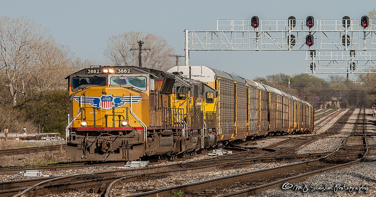 Union Pacific brings PSR vet out of retirement to lead transition