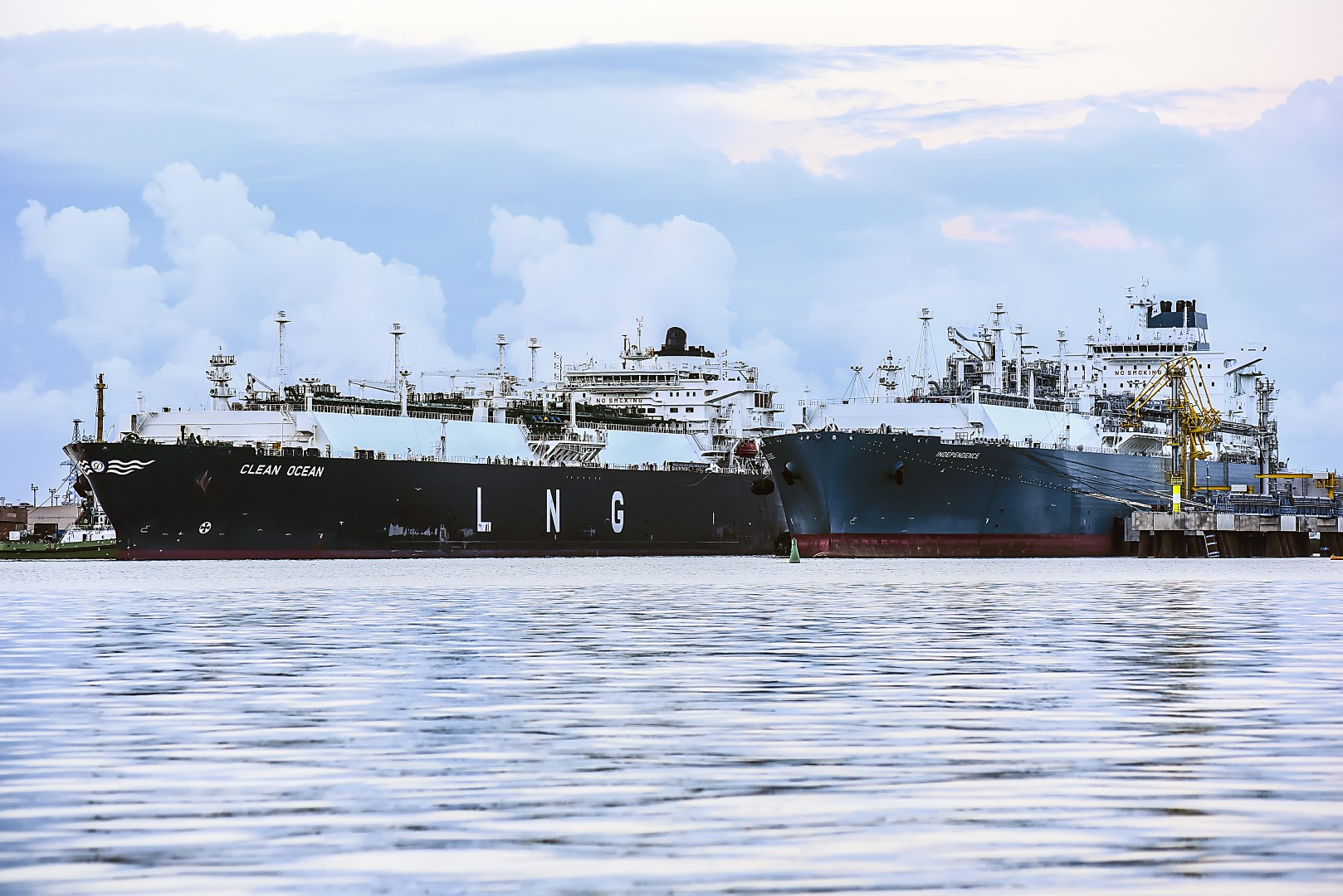 Newbuilding orders grind to a near halt, as ship owners turn to second hand vessels