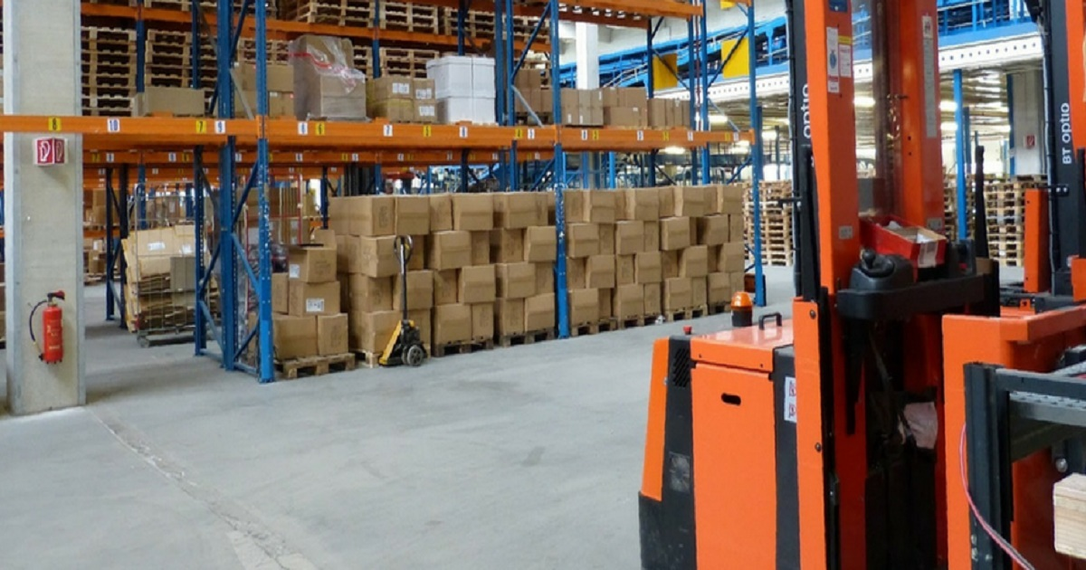 DEALING WITH WAREHOUSE CHALLENGES WHILE YOUR BUSINESS GROWS: 4 TIPS
