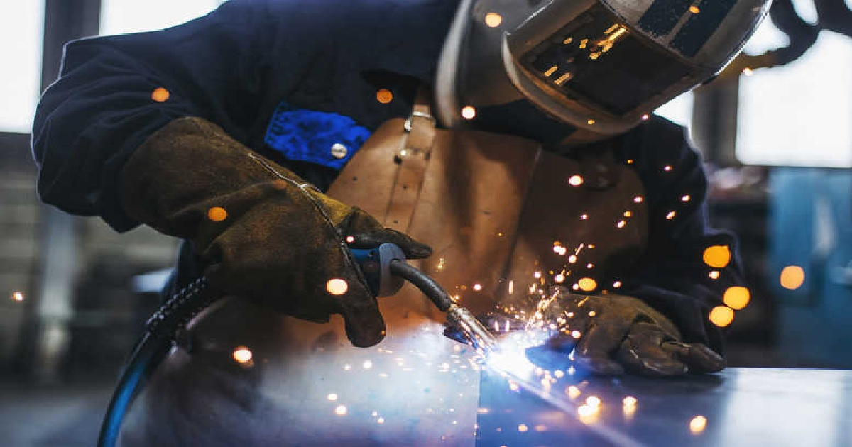 THREE WAYS TO INCREASE SUPPLY CHAIN SPEED IN MANUFACTURING