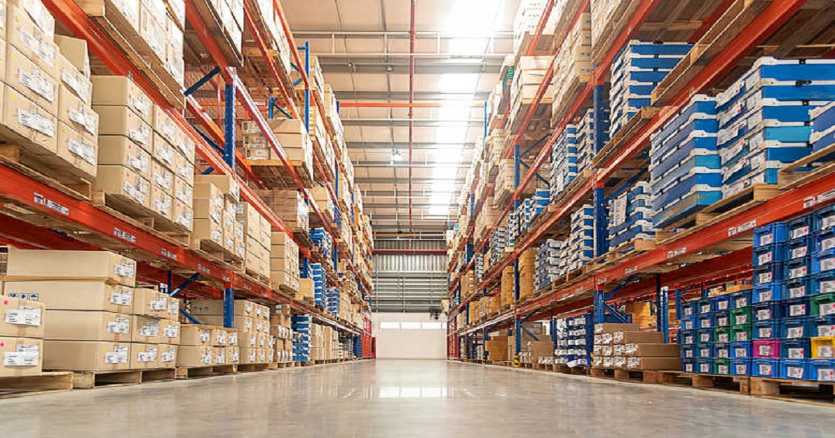 WHAT'S IN STORE FOR 2020 AND BEYOND? SIX TRENDS SHAPING WAREHOUSES OF THE FUTURE